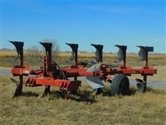 Case IH 165 6-Bottom On Land Plow
