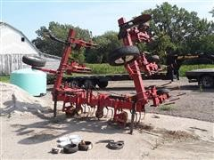 White WFE 378 8R36 Cultivator