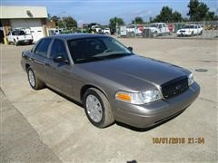 2011 Ford Crown Victoria 4 Door Car
