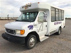 2005 Ford E350 Bus
