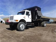 1991 International 4800 4X4 S/A Feed Truck W/ E-Z-Ration Bed & Feeder