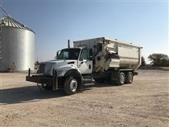 2007 International 7400 T/A Feed Truck (INOPERABLE)