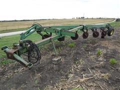John Deere 2800 6 Bottom Variable Width Semi-Mounted Steerable Plow