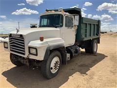 2003 Mack RD690P S/A Dump Truck FOR PARTS ONLY