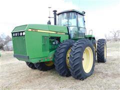 1992 John Deere 8760 4WD Tractor