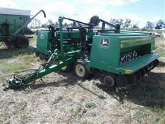 John Deere 455 30' Folding Grain Drill