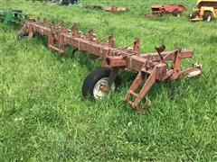 International 8R30 Row Crop Culitvator