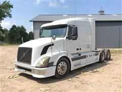 2004 Volvo T/A Truck Tractor