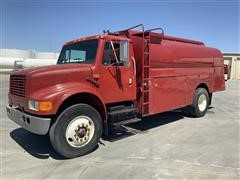 1993 International 4900 4x2 S/A Tanker Truck