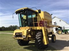1992 New Holland TR 86 Terrain Chaser Combine