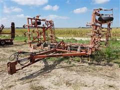 Wil-Rich 26' Field Cultivator