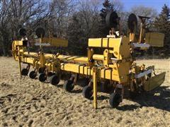 Buffalo 8R30 3-Pt Cultivator/Ridger