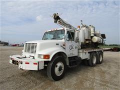 1999 International 4900 6x4 T/A Pressurized Digger Truck