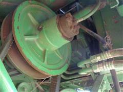 items/eef6d16b28c3ea11bf2100155d72eb61/1982johndeere6620combine-38.jpg