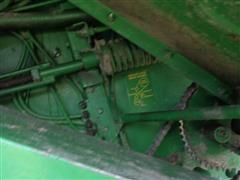 items/eef6d16b28c3ea11bf2100155d72eb61/1982johndeere6620combine-53.jpg