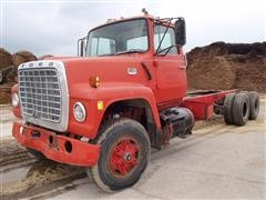 1975 Ford LT9000 Cab & Chassis