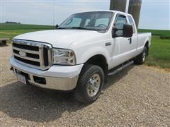 2006 Ford F250XLT Super Duty 4X4 Extended Cab Pickup