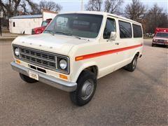 1976 Ford Econoline 250 Van