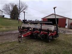 AGCO White 8106 6-Row Planter