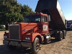 1972 Diamond Reo C-11664DF T/A Dump Truck