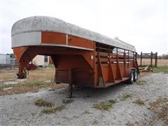 1977 Flying L 6'X20' T/A Gooseneck Livestock Trailer