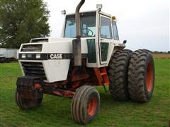 Case IH 2390 Tractor
