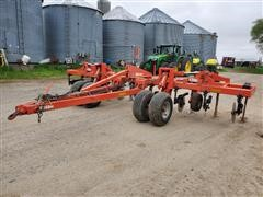 2013 KUHN Krause 4830 9 Shank In Line Ripper