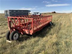 Apache WFW20A1 Feeder Wagon