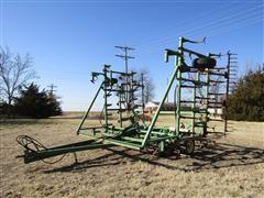 John Deere 1000 Field Cultivator W/Harrow