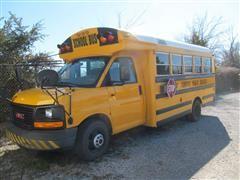 2003 GMC Savana Bus