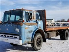 1973 Ford 700 Cab Over Flatbed Truck