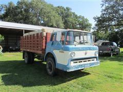 1970 Ford C700 Grain Truck