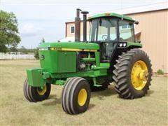 1990 John Deere 2WD 4455 Tractor W/Cab