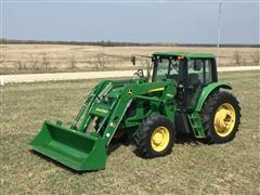 2009 John Deere 7230 MFWD Tractor W/Loader