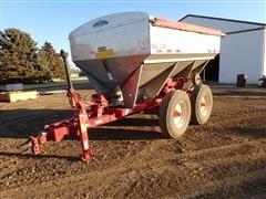 Ag Systems AG 800 Dry Fertilizer Applicator