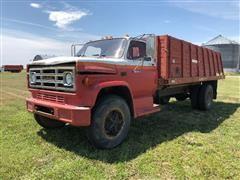 1981 GMC C7000 Grain Truck