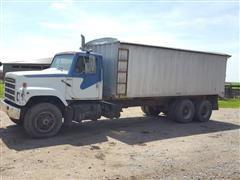 1984 International S Series F2575 Grain Truck