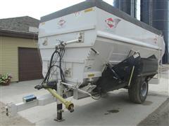 2013 Kuhn Knight 4052 Pull-Type Feed Wagon
