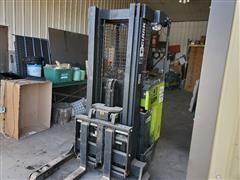 Clark NPR17 Electric Forklift W/Charger