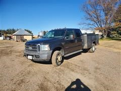 2005 Ford F350 4x4 Crew Cab Dually Pickup