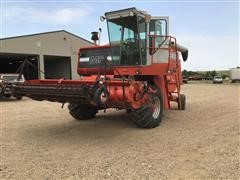 Massey Ferguson 850 2WD Combine W/Pick-Up Head