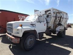 1984 Ford F8000 Feed Truck