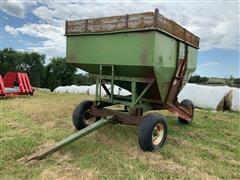 Huskee Farm Equipment 225 Gravity Wagon