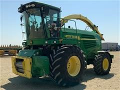 2010 John Deere 7950 2WD Self Propelled Forage Chopper