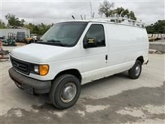 2004 Ford Econoline E350 Super 2WD Cargo Van
