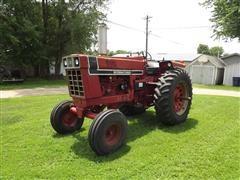 1976 International 966 Blackstripe 2WD Diesel Tractor