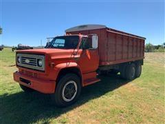 1976 Chevrolet C65 Custom Deluxe T/A Grain Truck