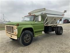 1973 Ford F600 Tender Truck