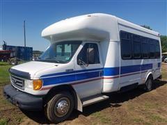 2005 Ford E450 Super Duty 16 Passenger Van