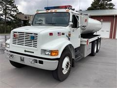 1997 International 4900 T/A Water Truck